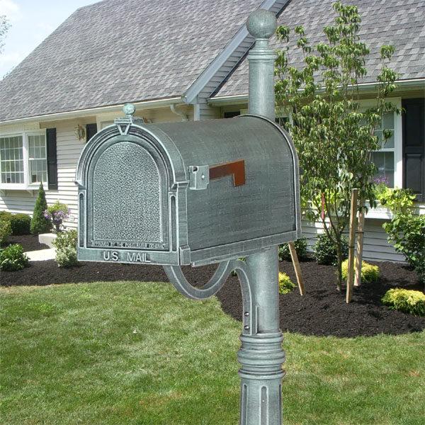 Berkshire Cast Mailbox